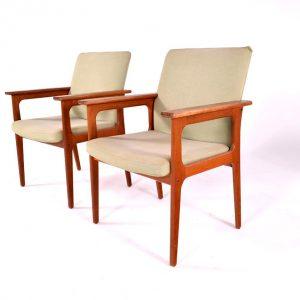 Par de Cadeiras de Braços fabricadas por O.D.Møbler - 2